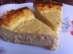 Takuusuosikki: Tonnikalapiirakka Cornbread, Dairy, Food And Drink, Cheese, Ethnic Recipes, Waiting, Pizza, Pineapple, Millet Bread