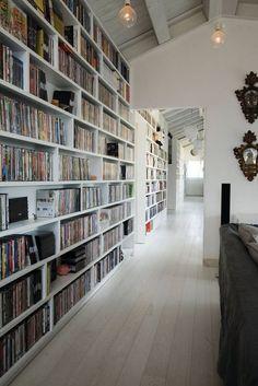 Hoy vamos a buscar la libreria ideal para nuestro pasillo.