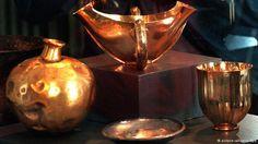 Die Hoffnung der Schatzsucher Über die meisten verschollenen Schätze gibt es nur dürftige Informationen. Doch genau das macht den Reiz für die Schatzsucher aus. Und: Ein mythischer Schatz wurde tatsächlich gefunden. 1872 suchte der deutsche Archäologe Heinrich Schliemann die Überreste von Troja und fand einen Goldschatz. Das Foto zeigt eine Nachbildung. Auch Schliemann war zuvor in der Fachwelt als Fantast verschrien worden.
