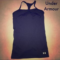 UA HeatGear Alpha Tank The tank for those who refuse to quit. -Sporty mesh inserts at back and straps for added breathability. -Streamlined racer back unlocks a wider range of motion. -Fitted fit. -HeatGear is best for weather between 75° and 100°F. Under Armour Tops Tank Tops
