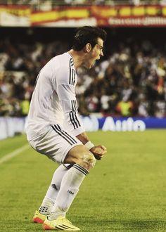 Gareth Bale Garet Bale, Football Players, Real Madrid, Soccer, Club, Baseball Cards, Lifestyle, Sports, Football Soccer
