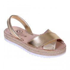 Sandale AVARCA din Piele Aurie cu talpa dubla Espadrilles, Shoes, Fashion, Espadrilles Outfit, Moda, Zapatos, Shoes Outlet, Fasion, Shoe