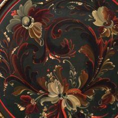 Rosmal | Vesterheim Norwegian-American Museum in Decorah, Iowa Rosemaling Pattern, Norwegian Rosemaling, Tole Painting Patterns, Scandinavian Kitchen, Decor Crafts, Tattoo Inspiration, Norway, Folk Art, Decorah Iowa