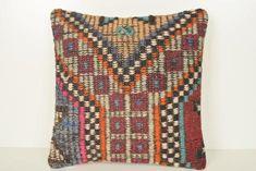 Kilim Fabric, Kilim Pillows, Kilim Rugs, Cotton Fabric, Rug Yarn, Euro Shams, Hand Weaving, Old Things, Vintage
