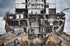 Ship Breakers of Chittagong by Jana Asenbrennerova