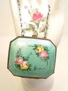 Antique-Art-Deco-20s-2-Sided-Green-Guilloche-Chic-Rose-Dance-Compact-Case-Purse