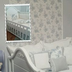 Quarto de bebê clássico. Coleção Toile de Jouy, exclusivo da loja RUGS FOR KIDS & BEDROOM DESIGN. Email: rugsforkids@terra.com.br - Site: www.rugsforkids.com.br