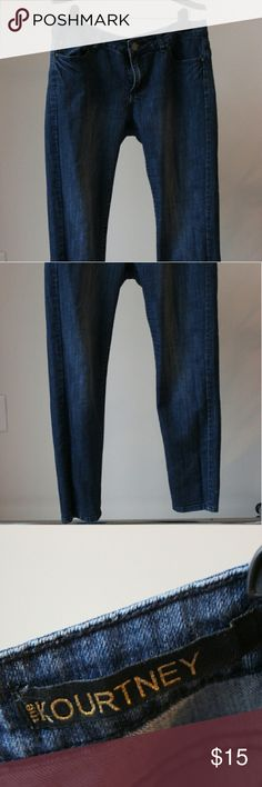 Kourtney Jeans from the Kardashian Kollection Perfect fitting jeans. Moving soon, need to clean out my closet. Kardashian Kollection Jeans