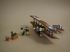 Classic LEGO fighter planes by Vaionaut are ready to duel above the trenches Lego Cars, Lego Plane, Lego Soldiers, Lego Ww2, Lego Projects, Projects For Kids, Classic Lego, Lego Mecha, Lego Worlds