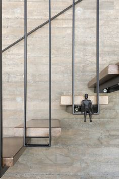 Gallery of Lago Norte House / CoDA arquitetos - 24 Staircase Interior Design, Stair Railing Design, Stairs Architecture, Facade Design, Interior Architecture, Staircase Handrail, Spiral Staircases, Balustrades, House Front Design