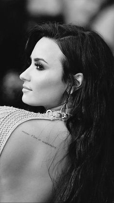 How Demi Lovato is living her best life after rehab – Celebrities Woman Camp Rock, Zendaya Coleman, Selena Gomez, Demi Lovato Style, Demi Love, Model Foto, Music Tattoos, Without Makeup, Woman Crush