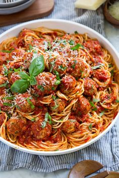 A meatball recipe that rivals that of your favorite Italian restaurant! These meatballs always come out amazingly tender, perfectly moistened, deliciously flavorful and they're always sure to impress! Best Baked Meatball Recipe, Meatball Recipes, Beef Recipes, Cooking Recipes, Best Meatballs, How To Cook Meatballs, Baked Spaghetti And Meatballs, Homemade Spaghetti, Spaghetti Recipes