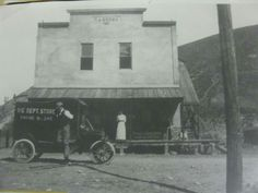 "The Big""D"" store downtown Cashmere or Mission .Circa 1905"