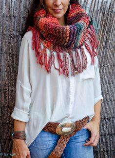 26 Ideas Crochet Cowl Scarf With Fringe Knit Scarves Poncho Au Crochet, Poncho Shawl, Knit Cowl, Cowl Scarf, Knitted Shawls, Love Crochet, Crochet Scarves, Crochet Yarn, Crochet Clothes