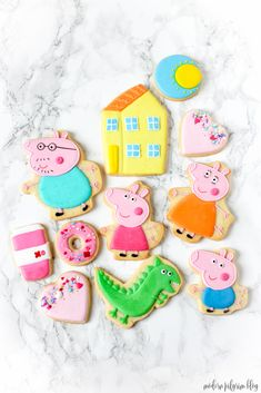 Peppa Pig Cookies Delight your Peppa Pig fan with these decorated Peppa Pig cr .gt culposo mmm lu qj www j www bw e www q ookies. They're perfect as a gift or for birthday parties and we know just where to find them! Peppa Pig Gifts, Peppa Pig Cookie, Peppa Pig Birthday Cake, 3rd Birthday Parties, Birthday Celebration, 2nd Birthday, Birthday Ideas, Aniversario Peppa Pig, Cumple Peppa Pig