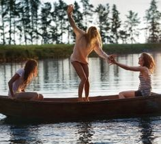 Rock the boat, ladies - summer's here at last!