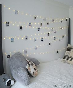 Hang extra long fairy lights and phot… Tween Teen Fairy Light Photo Display Wall. Hang extra long fairy lights and photos to create a beautiful bedroom display that everyone will love! Fairy Lights Photos, Tumblr Fairy Lights, Exposition Photo, Teen Girl Bedrooms, Teen Rooms, Bedroom Diy Teenager, Photo Displays, Beautiful Bedrooms, House Beautiful