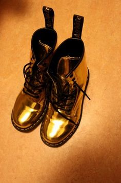 I love these Doc Martens! So cute with black tights and a little black dress #gold