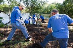 Ford Motor Company Volunteers And Employees Give Back To The Environment For Ford Accelerated Action Day