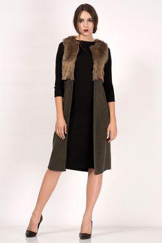 Hijab Fashion, Fashion Dresses, Sleeveless Coat, Hijab Style, The Dress, High Neck Dress, Piercings, Moda Emo, Knit Crochet