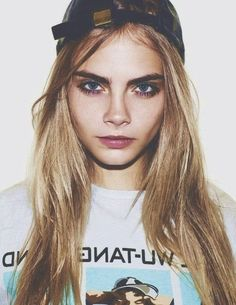 Cara Delevingne. Can I look like this? Please?