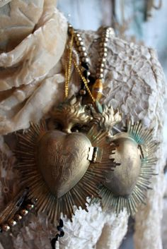 These have piqued my interest and I would love to collect a few of these lovely French ex voto