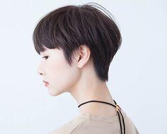 髪型 ヘアスタイル Short Pixie Haircuts, Pixie Hairstyles, Pretty Hairstyles, Short Hair Cuts, Short Hair Styles, Japanese Short Hair, Edgy Hair, Hair Reference, Pixie Cut