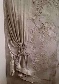 Russian Artist Uses Ancient Technique To Turn Walls Into Art, And The Result Is . - Russian Artist Uses Ancient Technique To Turn Walls Into Art, And The Result Is Gorgeous – - Plaster Art, Plaster Walls, Interior Walls, Wall Sculptures, Textured Walls, Painting Techniques, Wall Design, Wall Murals, Sculpting