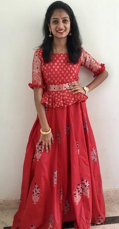 Kids Blouse Designs, Dress Neck Designs, Fancy Blouse Designs, Stylish Dress Designs, Frocks For Girls, Dresses Kids Girl, Kids Dress Wear, Indian Gowns Dresses, Indian Fashion Dresses