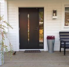 Contemporary Front Doors, Front Deck, Outdoor Living, Outdoor Decor, Facade House, Scandinavian Interior, Entrance, New Homes, Exterior