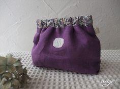 初心者さんでも簡単♪バネポーチの作り方レシピ大公開  : neige+ 手作りのある暮らし Coin Purse Pattern, Purse Patterns, Japanese Patterns, Japanese Fabric, Frame Purse, Craft Bags, Handmade Bags, Small Bags, Fashion Bags