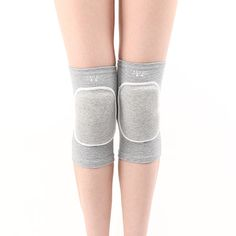 Knee Brace Sleeve for Sports Yoga Dance Arthritis Joint Pain Gray(L) - Ships from Hong Kong. High performance knee support for rehabilitation of knee injury and sprains. Improves blood circulation ventilation and enhances warmth delivery to speed up your recovery. Special design in the middle of the sleeve helps to provide compression focused specifically on your knee. Maintaining knee support throughout the day during work or at home. The Pull-On Knee Cushion is also a super accessory to…