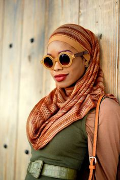 Meet Naballah Chi, a 26-year-old fashion blogger and designer based in Trinidad and Tobago. | This Woman Styles Her Hijab For Work And It's Cool AF