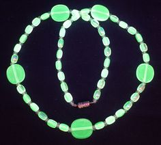 "17"" 430mm Czech Glass Beads Beaded Necklace Uranium Yellow Vtg UV Glowing by MuchMoreThanButtons on Etsy"