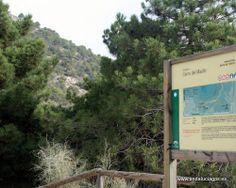"""#Granada - Huétor Santillán - Sendero Cerro del Maúllo - 37º 14' 14"""" -3º 31' 57"""" / 37.237222, -3.532500  Esta es una ruta muy sencilla que se puede hacer desde dos puntos distintos. En la foto del panel se describe la opción oficial y en el texto que sigue la otra opción. Es más corta y sencilla."""