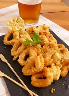 Calamari, Food Network Recipes, Cooking Recipes, My Favorite Food, Favorite Recipes, Easy Family Dinners, Seafood Recipes, Tapas, Macaroni And Cheese