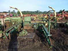 John Deere 35 harvester salvaged for used parts. This unit is available at All States Ag Parts in Downing, WI. Call 877-530-1010 parts. Unit ID#: EQ-24659. The photo depicts the equipment in the condition it arrived at our salvage yard. Parts shown may or may not still be available. http://www.TractorPartsASAP.com