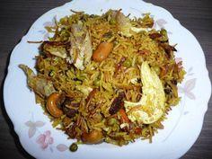 Das perfekte Syrische -Reispfanne-Rezept mit Bild und einfacher Schritt-für-Schritt-Anleitung: Tipp: wir müssen gut vorarbeiten sonst wird der Reis zu weich.