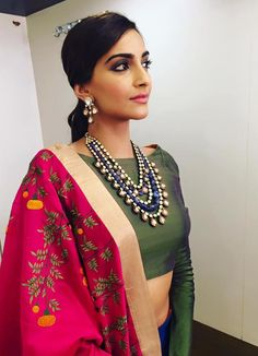 lovely jewel, both earing and the neckpiece