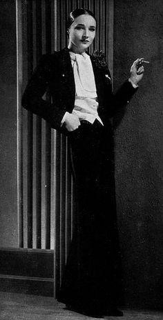 """Les Modes (Paris) july 1936 """"coquin"""" smoking et blouse par Lucien Lelong"""
