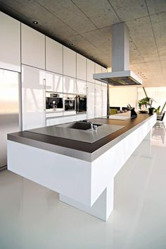 Project Ermatingen, Switzerland. Kitchen by LEICHT.