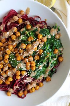 Beet Noodle Bowls with Turmeric Roasted Chickpeas, Spinach, and Ginger Almond Butter Dressing Spiralizer Recipes, Noodle Bowls, Beet Noodle Recipes, Beet Green Recipes, Beet Recipes Healthy, Chard Recipes, Veggie Recipes, Healthy Options, Veggie Dishes