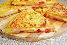 placinta-la-tigaie-cu-aluat de cartofi-6 Hawaiian Pizza, Food And Drink, Yummy Food, Bread, Dishes, Cooking, Ethnic Recipes, Desserts, School