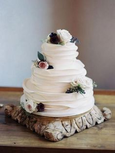 Order a wedding cake: 38 beautiful models to inspire .- Hochzeitstorte bestellen: 38 wunderschöne Modelle zur Inspiration Delicate white cake with a coating that is reminiscent of the drape of a rose - Pretty Wedding Cakes, Amazing Wedding Cakes, Wedding Cake Rustic, Wedding Cake Designs, Cake Wedding, Amazing Cakes, Wedding Rings, Wedding Hair, Wedding Dresses