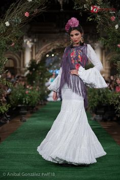 Rocío Peralta - We Love Flamenco 2018 - Sevilla Flamenco Skirt, Costumes Around The World, Spanish Fashion, Fishtail, Traditional Dresses, Belly Dance, Our Love, Passion For Fashion, Culture