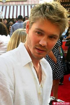 Chad Michael Murray. hello Cinderella Story and One Tree Hill!