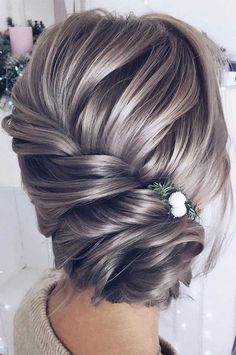 hair updos 64 Chic updo hairstyles for wedding and any occasion - updo hairstyle for date night , wedding updo , bridal updo hairstyle Bridesmaid Hair Updo, Bridal Hair Updo, Wedding Hair And Makeup, Hair Wedding, Wedding Hair Mother Of Bride, Mother Of The Groom Hair, Mother Of The Bride Hairstyles, Elegant Wedding Hair, Bridesmaid Ideas