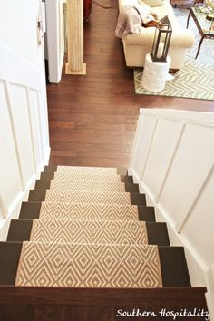 Modern Runner Carpet Decor Ideas For Stairs - Carpet Decor, Diy Carpet, Modern Carpet, Carpet Ideas, Beige Carpet, Outdoor Carpet, Green Carpet, Deep Carpet Cleaning, How To Clean Carpet