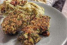 Vegetarische Maronen-Bratlinge Tzatziki, Fried Rice, Fries, Veggies, Herbs, Ethnic Recipes, Food, Whole Wheat Flour, Fruit And Veg