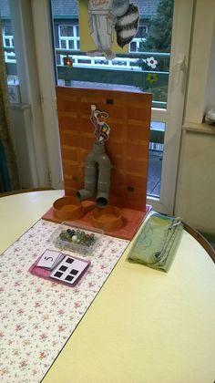 Splitsmachine thema Sinterklaas (inhoud: sifonbuis, pvc deksels, knikkers, magnetische getalkaarten en getalbeeldkaarten)